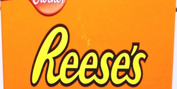 iconic brands hersheys reeses launch-new candy