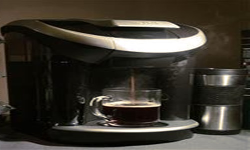 Keurig and Anheuser-Busch launch Drinkworks, the cocktail machine